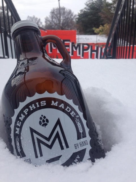 GrowlerInSnow memphis made beer